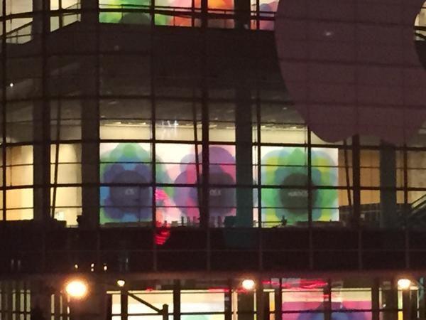 WWDC内场横幅被拍 WatchOS赫然现身
